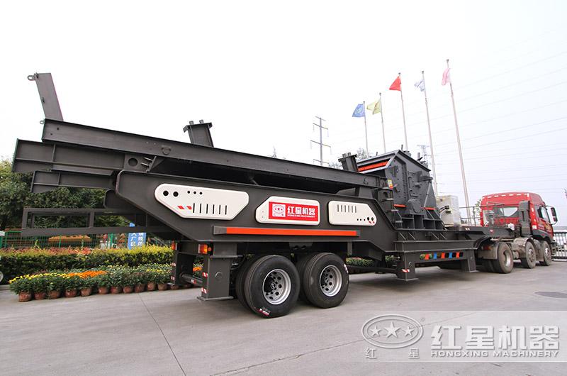 移动碎石机械设备出厂发货