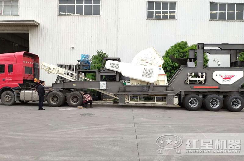 移动重锤式破煤机设备直接开往客户现场