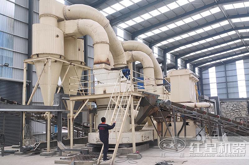 方解石磨粉机生产现场图片