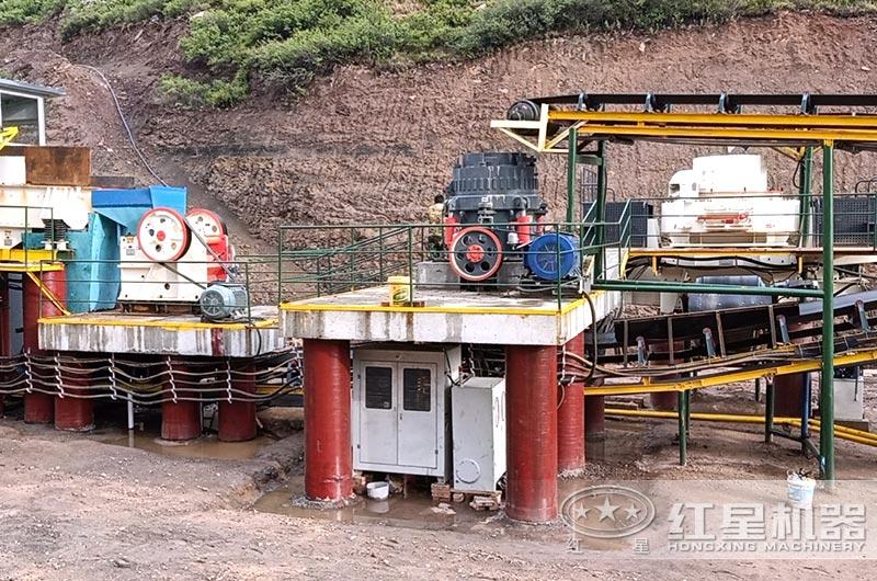 砂石生产线现场图片