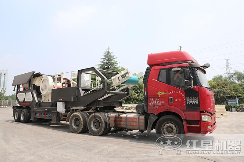 时产300吨建筑废料移动碎石机发货
