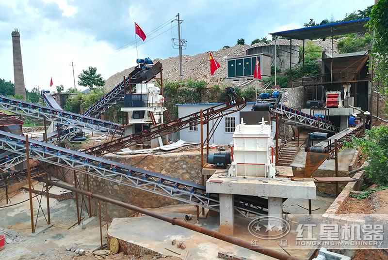 大型石灰岩制砂生产线现场