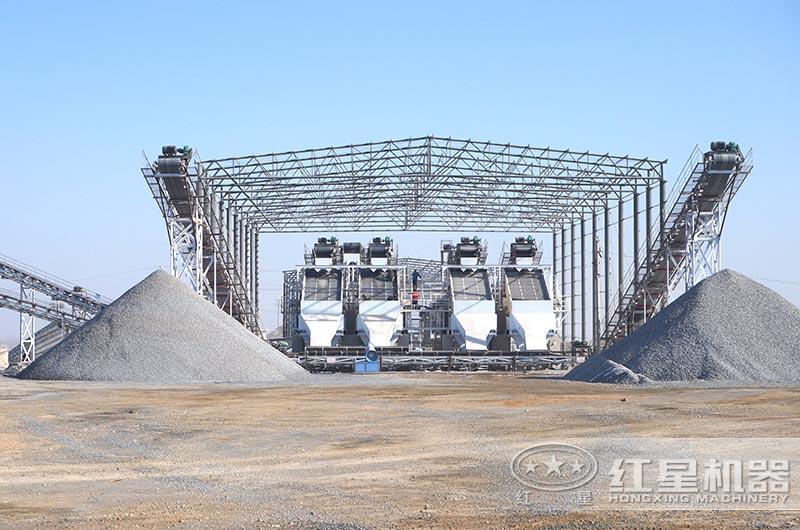日产一万吨砂石生产线实拍图