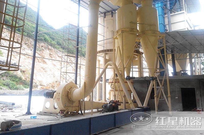 高岭土磨粉生产线现场图片