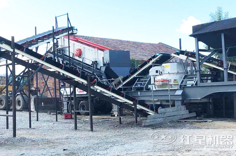 移动式机制砂生产线,海南客户现场