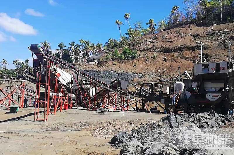 移动式煤炭破碎机工作现场图片