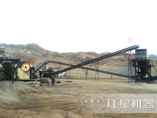 矿山机械设备工作现场图片