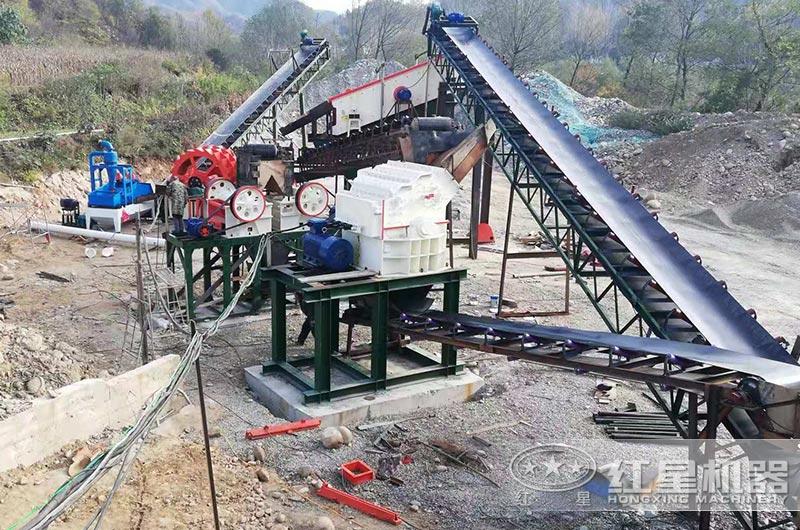 河南客户青石制砂生产线图片