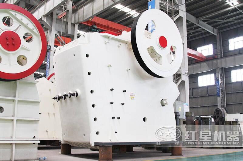 时产500吨鄂式砸石机