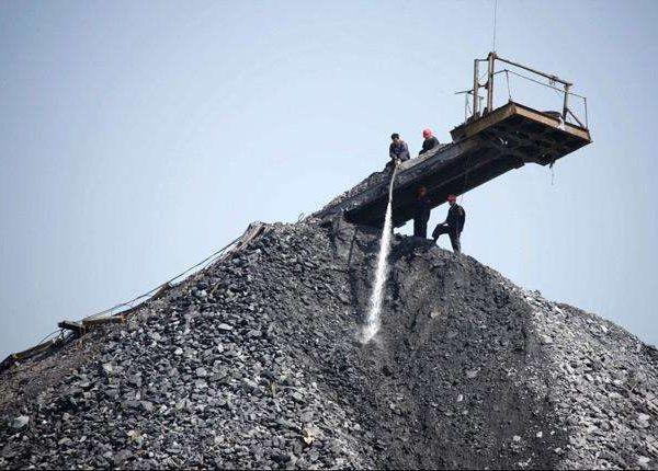 煤矸石加工现场