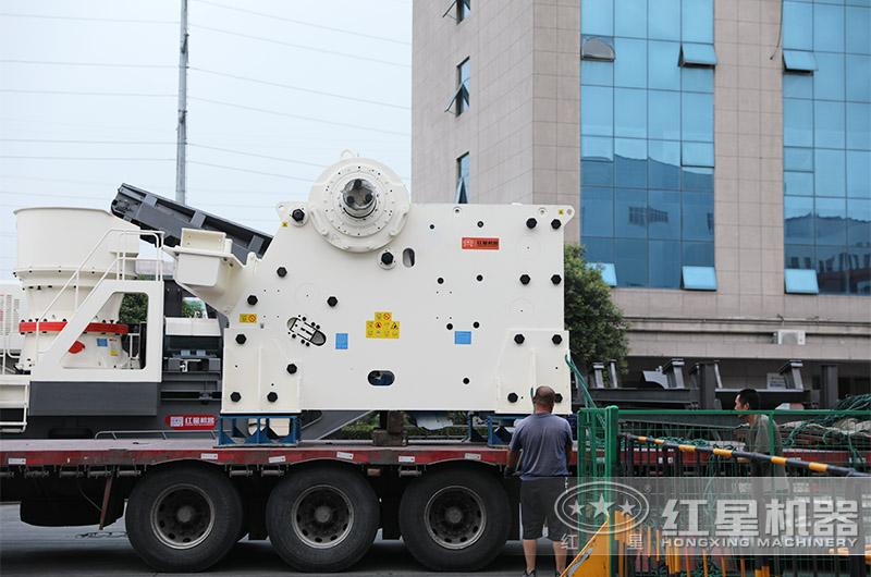 大型采石场碎石机设备发货